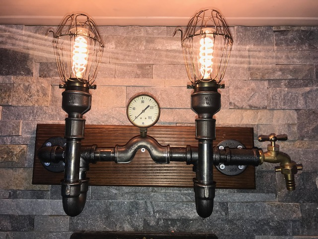 Zweiarmige Leuchte Waterpipe Design